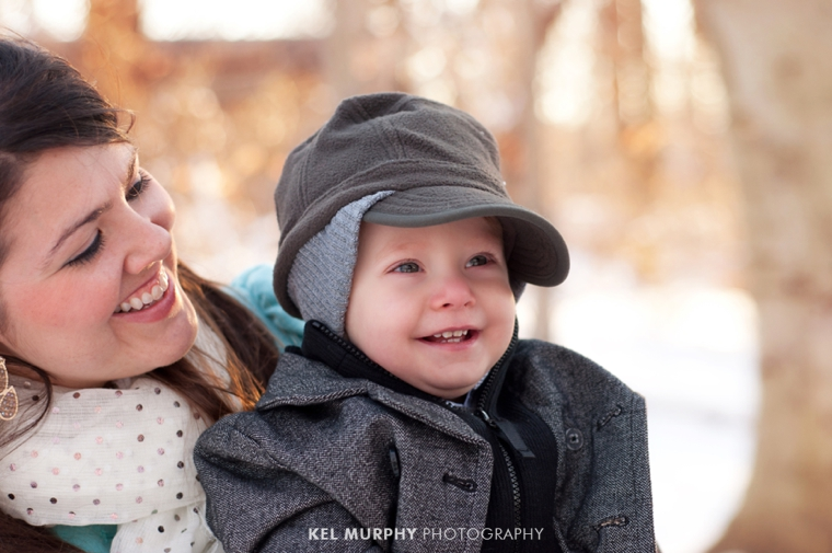 Let-it-snow-family-of-three-snowy-session-Kel-Murphy-Photography-Philadelphia-Montgomery-County-PA-Jenkintown-Abington-3